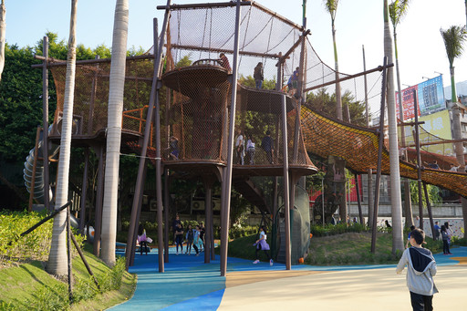 Play, Learn and Grow in the New LS Tiger Garden